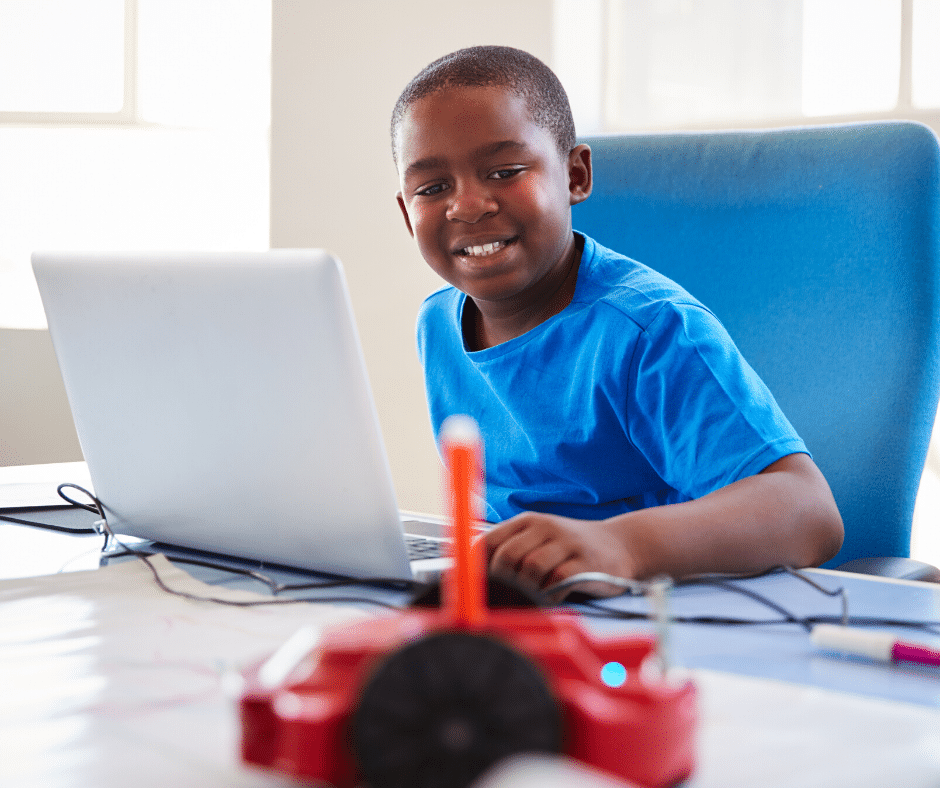 5 Reasons Why You Should Sign Your Kids Up for Summer Coding Camp